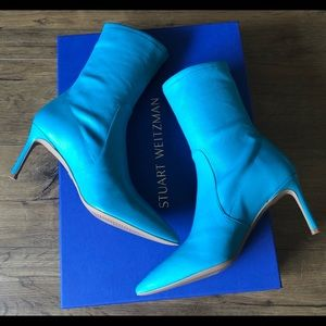STUART WEITZMAN-NWT Blue Leather Booties